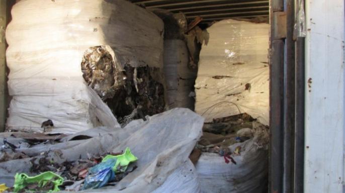 "Нови бали с над 5 хиляди и 500 тона отпадъци на пристанище ""Варна Запад"""