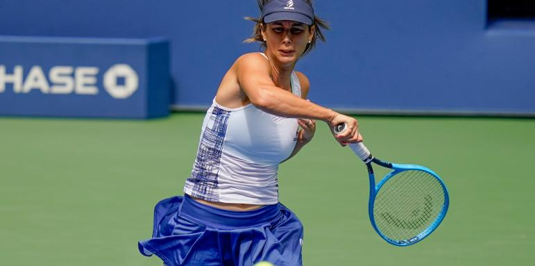 Пиринкова отпадна още на старта на турнира в Чарлстън