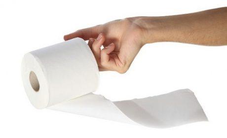 Варненец хванат докато краде тоалетна хартия