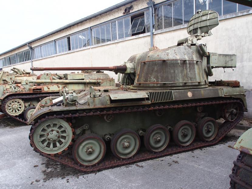 Купуват 150 бронирани машини за Специалните сили