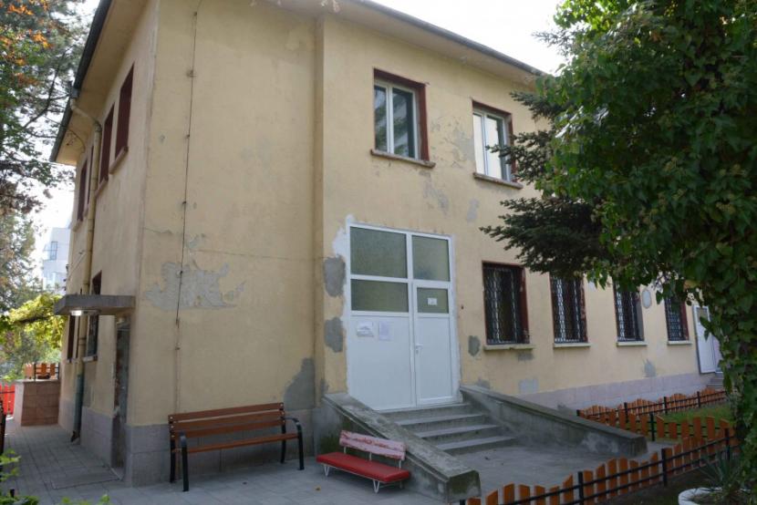 """Започна ремонт на детска ясла """"Чуден свят"""" във Варна"""