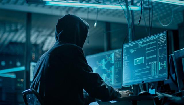 """Разбиха международна хакерска група, """"централата"""" им била във Варненско"""