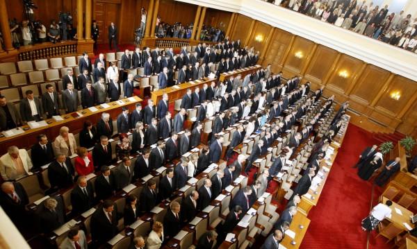 Няма да има Велико народно събрание, нито нова Конституция