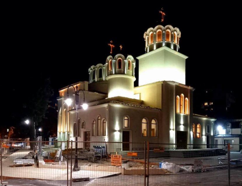 Най-новият храм във Варна вече е със стенописи (СНИМКИ)