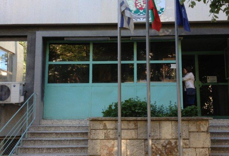 Полицай се застреля във Второ РПУ – Варна