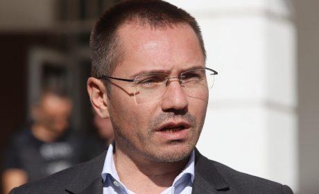 Джамбазки: Ще се поставим между два огъня – заразата и безработицата, ако затворим всичко