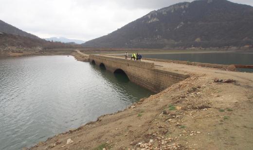 """Драстично е намаляла водата в язовир """"Цонево"""""""