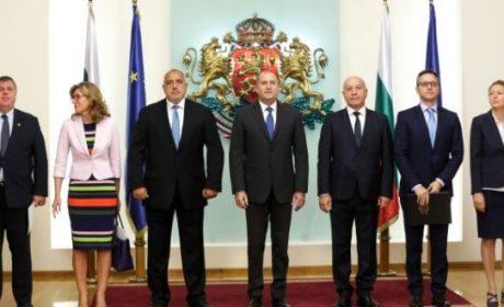 Новите заплати на властта: Депутатите – 6500 лв., президентът – 15 000, вижте и на премиера