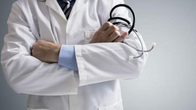 Тъжно! Лекар загуби битката с коронавирус