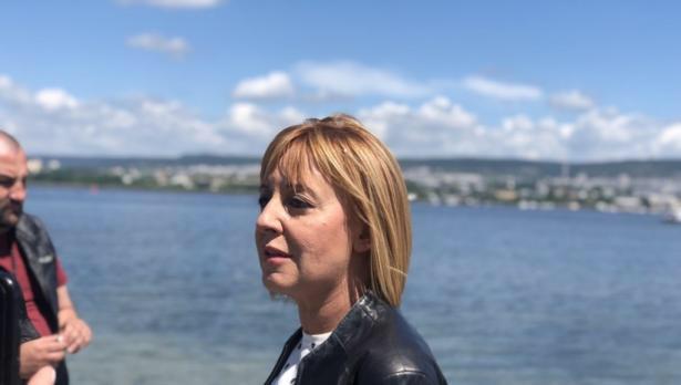 Мая Манолова идва за среща с жители на Варна