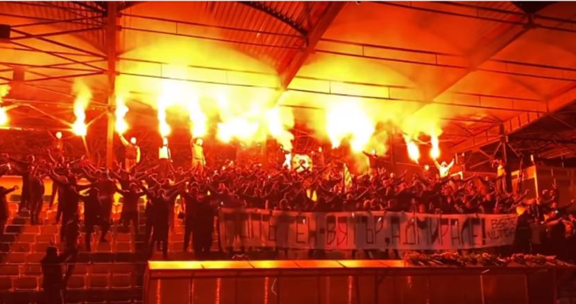 Феновете на Черно море почетоха паметта на Никола Спасов (видео)