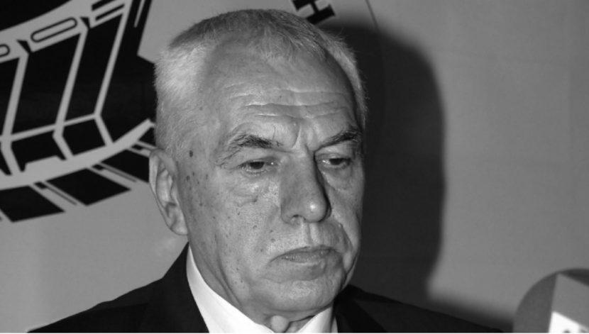 Отиде си легендата Симеон Варчев