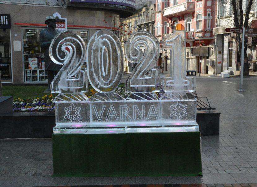 Поставиха ледени фигури 2021 Варна (снимки)