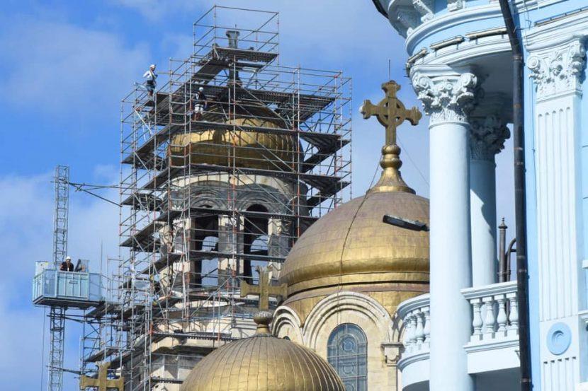 Правителството осигури средства за ремонт на два храма във Варна