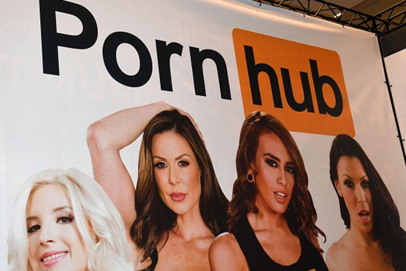 Pornhub изтри 80% от клиповете си, порно актрисите бесни
