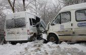 Тежка катастрофа с 40 работници с микробус край Варна