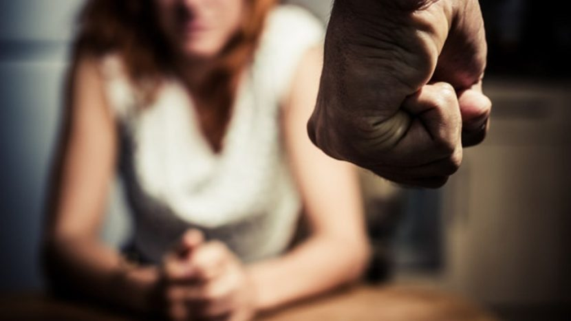 30-годишен от Синдел бие жена си и тъста
