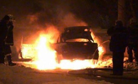 Подпалвач на автомобили в центъра на Варна