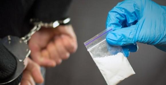 Спипаха водач да кара с 3 вида дрога