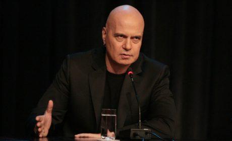Слави Трифонов се отказа да е депутат от Варна