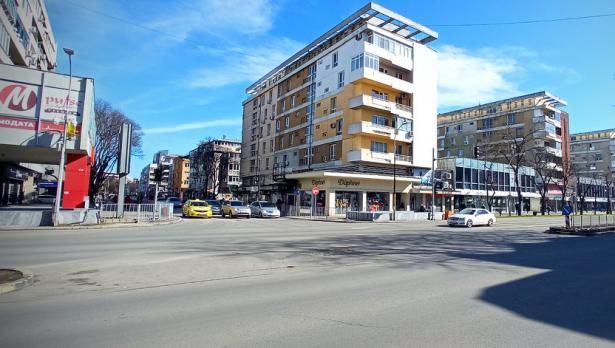 Предлагат поставяне на нова пешеходна пътека