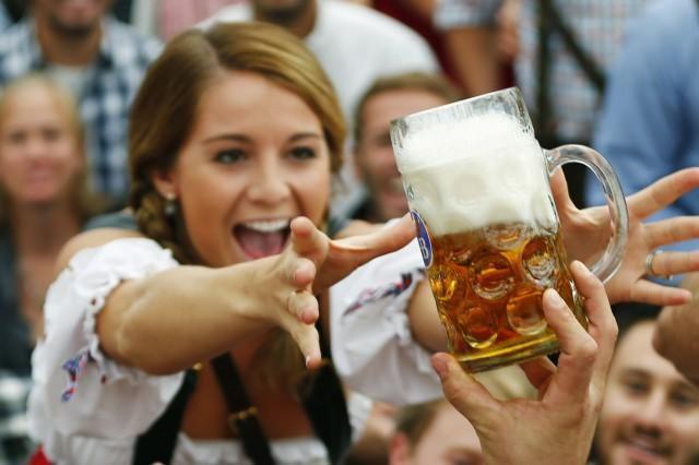 Най-големите консуматори на бира сред жените са варненки