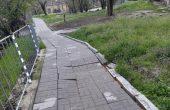 Част от пешеходна зона пропада за трети път във Варна
