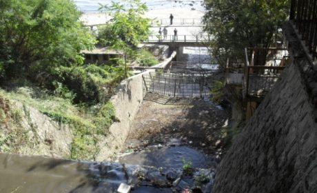 Дете падна в Шокъровия канал във Варна