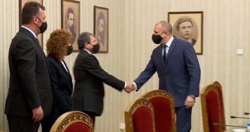 Тошко Йорданов към Радев: Радваме се, че Президентството е във вашите ръце