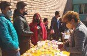 Великденски базар подредиха в училището за деца с нарушено зрение в