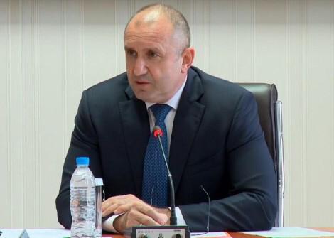 Започнаха консултациите при Румен Радев за състава на ЦИК (на живо)