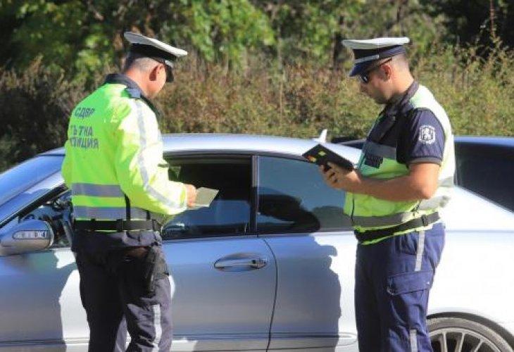 Спипаха шофьорка с три вида наркотици в Провадия