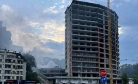 Лумна нов пожар в същата варненска сграда в строеж