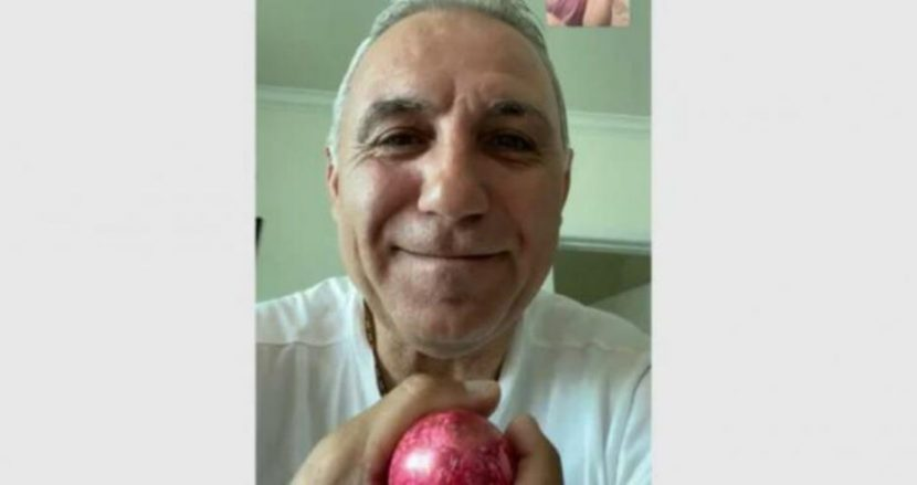 Христо Стоичков поздрави българите с Възкресение Христово