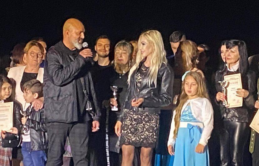"""""""Годишни награди за мода, стил и бизнес"""" в благотворителна кампания за набиране на средства за хора с интелектуални затруднения в град Варна"""