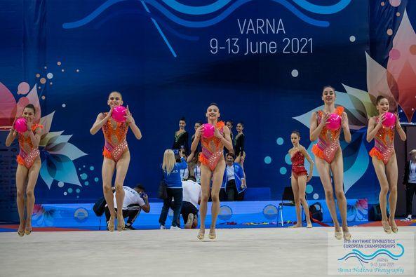 Ансамбълът ни за девойки със сребро от многобоя на Европейското първенство във Варна