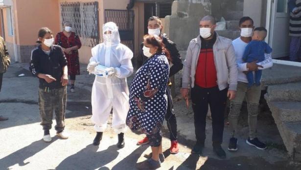 Ще ваксинират варненските роми срещу COVID по махалите