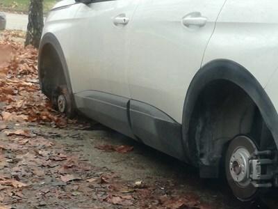 Спипаха мъж и жена да крадат гуми с джантите във Владиславово