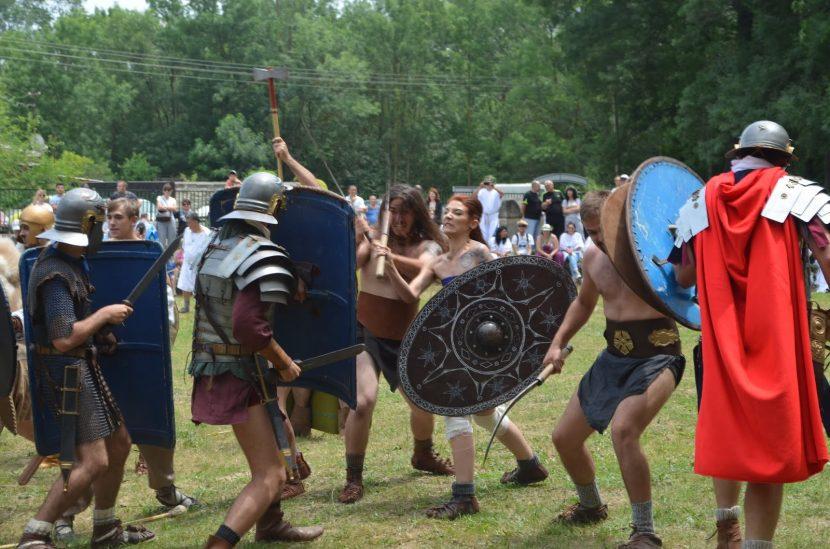 Демонстрации и гладиаторски битки на фестивал в Девня този уикенд