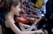 """Оркестърът на НУИ """"Добри Христов"""" изнася концерт в Морската градина"""