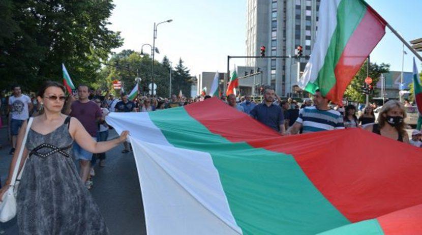 Варненци излизат на протест, искат оставката на Иван Портних
