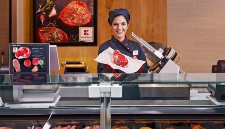 """За Бога, братя, не купувайте! Месото от """"Кауфланд"""" посинява за 1 час"""