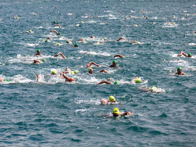 Плувен уикенд предстои във Варна