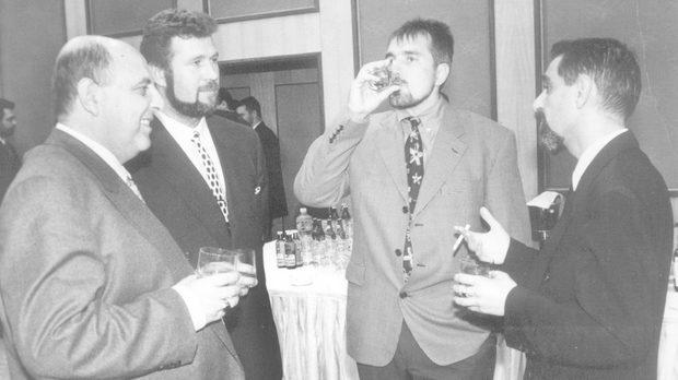 """Варненски бизнесмен изиграл Пашата с 3 милиона евро. Босове на СИК го поръчали до седмица да е """"аут"""""""